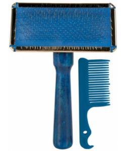 Щетка-пуходерка мягкая 13 х 9 см с деревянной ручкой +расческа - 2354