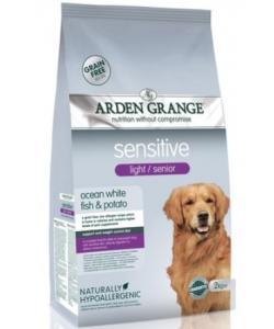 Корм диетический для собак преклонного возраста. с деликатным желудком или чувствительной кожей (Light Senior Sensitive)